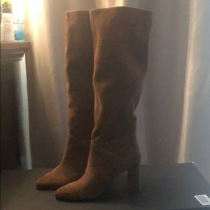 Banana Republic Suede Slouchy boot Never Worn